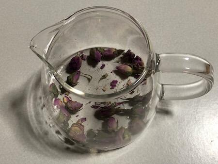 バラの花のお茶写真2
