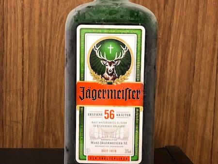 冷凍したイエーガーマイスターの写真