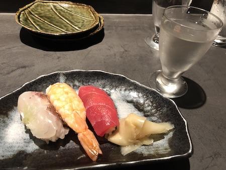 博多の居酒屋(お寿司)写真